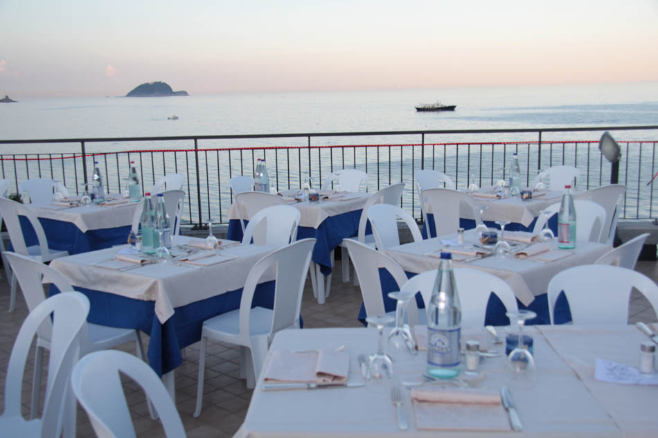 Hotel Alassio Terrace on the Gulf | Belsit