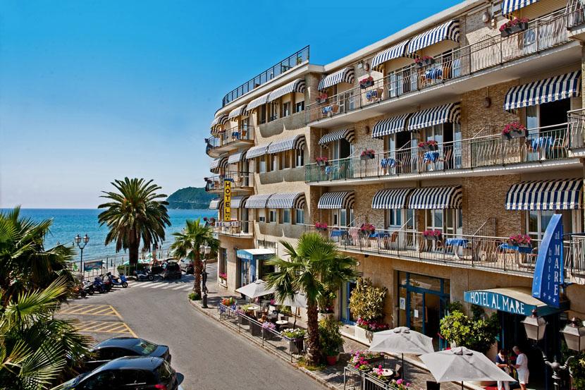 Hotel Alassio Ligurien Belsit Hotel Direkt Am Meer